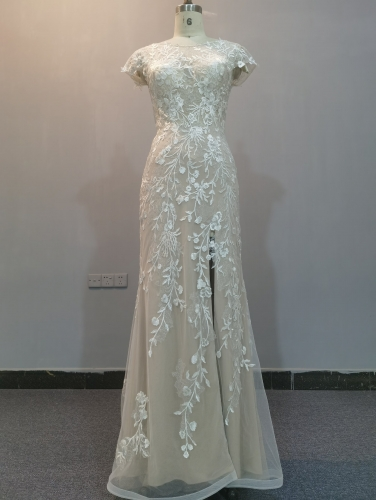 9075 - FREE SHIPPING WEDDING DRESS HEAVRY BEADING